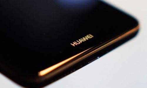 Huawei: Mate 10 'akıllı bir telefon değil'