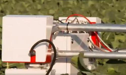 14 kişinin işini yapabilen çiftçi robotlar geliyor