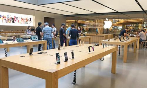 iPhone satışları tepetaklak