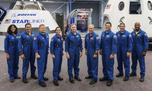 İnsanlı uzay uçuşlarına gelecek yıl başlanacak