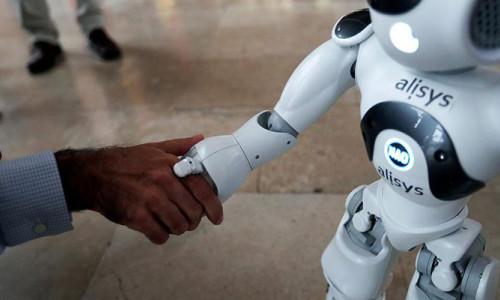 Robotlar 2025 yılına kadar iş yükünün yüzde 52'sini üstlenecek