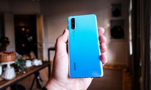 Huawei telefonlarının 3 modeline satış yasağı