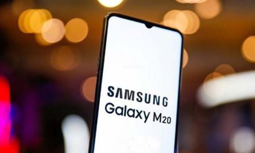3 dakikada tükenen Galaxy M20 Türkiye'de