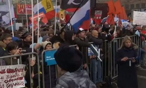 Moskova'da internet kısıtlamalarına protesto
