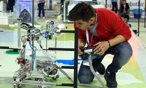 Yapay zekalı robotlar TEKNOFEST'te boy gösterecek