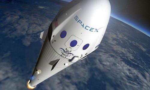 SpaceX'in roketi güvenlik testinde patladı