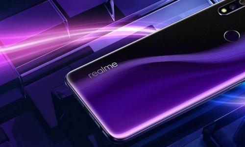 Realme 3 Pro tanıtıldı: İşte fiyatı ve özellikleri