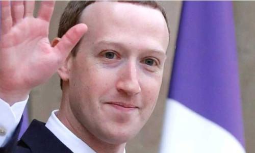 Facebook'ta Zuckerberg için liderlik oylaması