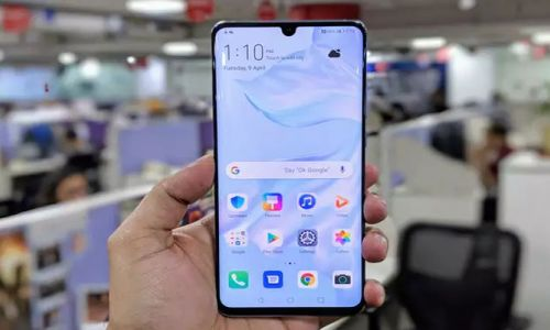 Huawei'nin yeni telefonunda YouTube, Chrome gibi Google uygulamaları yok
