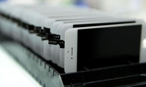 Akıllı telefon üretimine korona darbesi