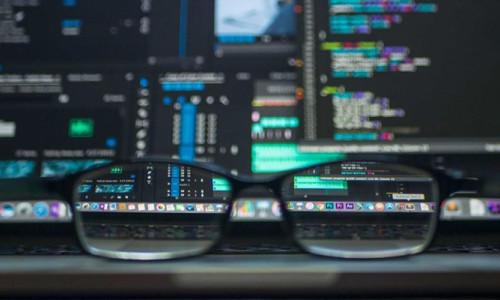 Bilişim dünyası istihdam için 150 bin kişi arayacak