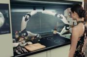 Mutfakta robot aşçı var