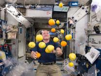 Uzayda yaşam mümkün mü? NASA astronotunun kalbi küçüldü