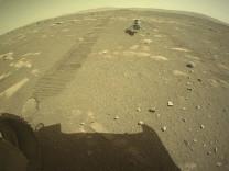 Mars'ta havadan çekilen ilk renkli fotoğraflar