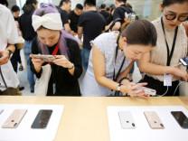 Yeni iPhone'un adı belli oldu iddiası