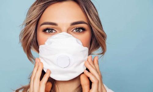 8 dilde tercüme yapan maske satışa çıkıyor