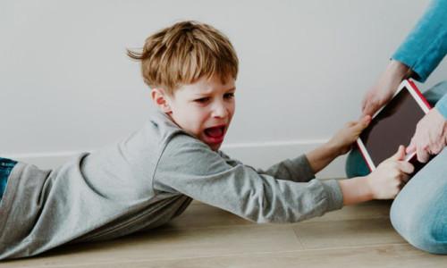 Çocuklar tehlikelere açık: Teknoloji bağımlılığı
