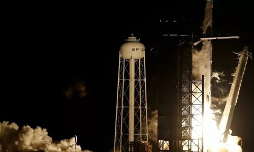NASA SpaceX ile uzaya 4 astronot gönderiyor