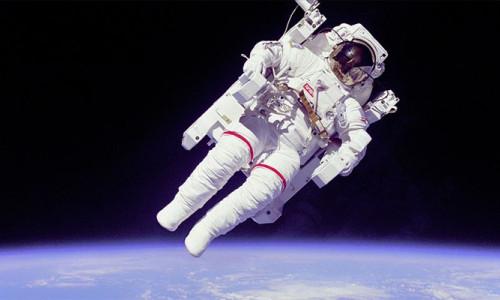 Yeni laboratuvara hazırlık için uzay yürüyüşü
