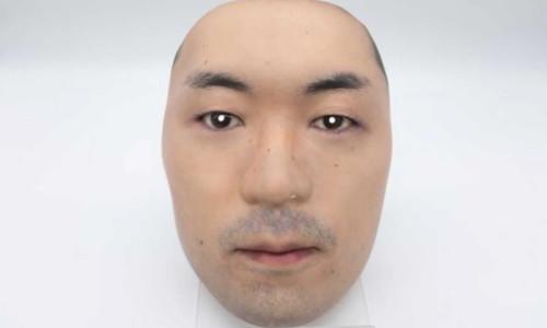 Aşırı gerçekçi insan maskeleri satışa sunuldu