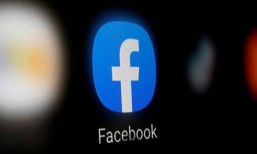 Sosyal medya devleri geri adım attı