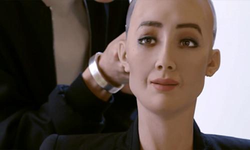Pandemide insansı robotlara talep arttı! Seri üretime geçiliyor