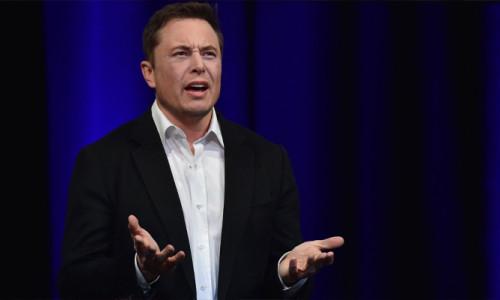 Musk: İnsanoğlu Mars'a hiç gidemeyecek!
