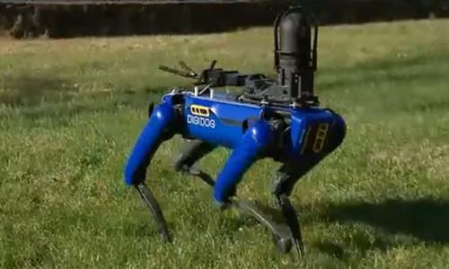 Polis operasyonlarında robot köpek dönemi