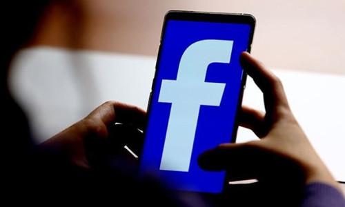 Facebook'un Clubhouse alternatifi: Hotline