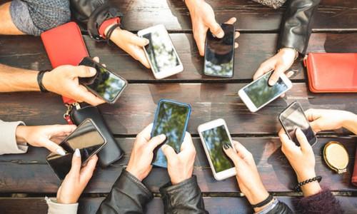 Küresel akıllı telefon satışları arttı