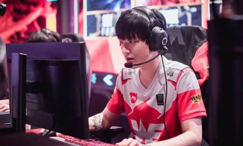 Çin'den reşit olmayanlar için çevrim içi oyun saatlerine kısıtlama