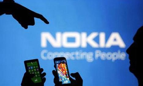 Nokia logosunu değiştirdi